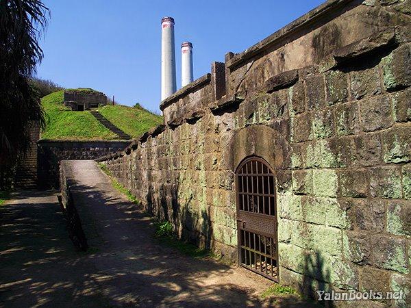 Travel Taiwan Baimiweng Fortress Spring Sea  Photography Romanticism 臺灣旅行 春季海岸 白米甕炮臺 風光攝影 浪漫主義 Yalan雅嵐 黑攝會